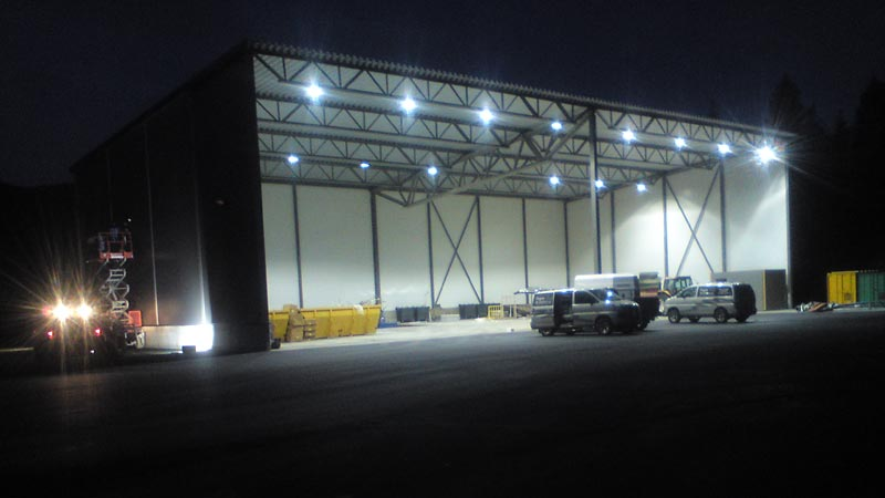 LED lys i stor hall